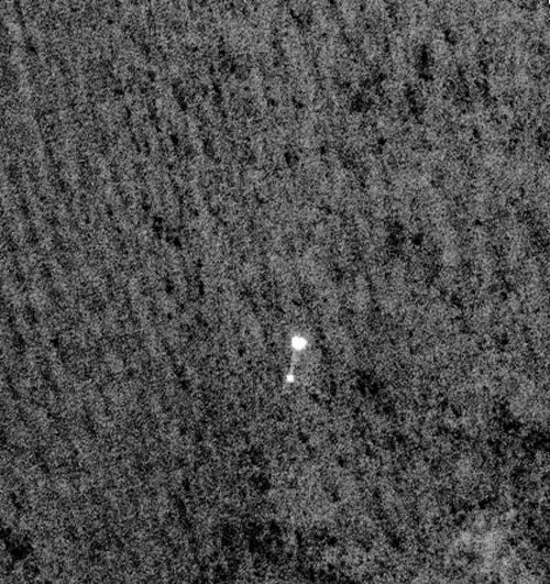 On Mars: Phoenix Lander Photographed In Descent
