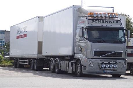 volvo-lorry.jpg