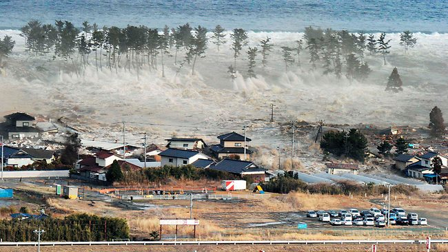 Tsunami photos and footage